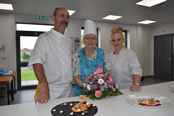 Retirement living resident Majorie - winner of the bake off!